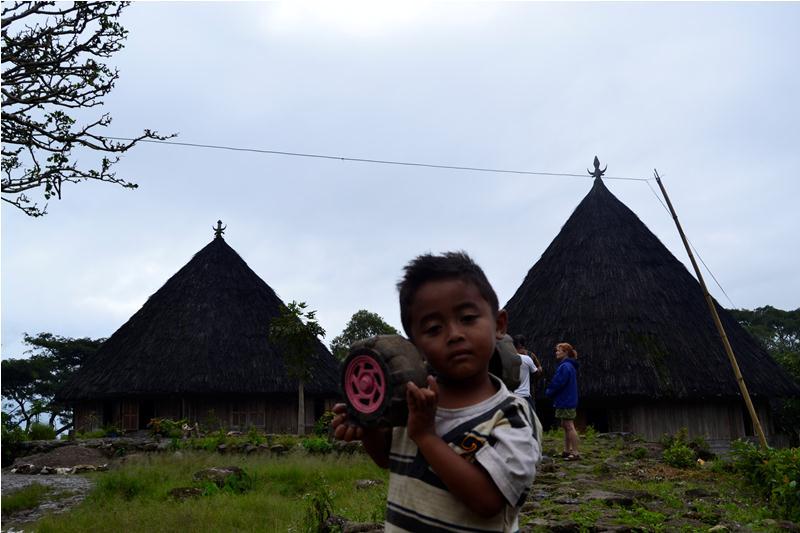 Ruteng Pu,u Village (24)